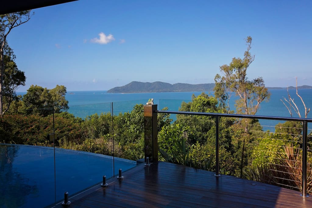 Horizon's on Mission - Pool to Dunk Island