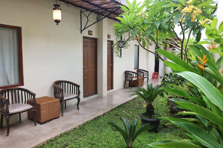 Standard Chic room In the heart of Yogayakarta