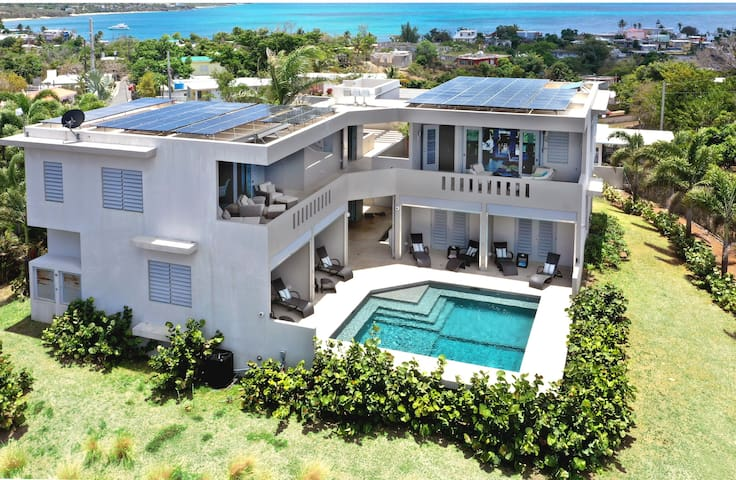 Paraíso - Gorgeous Estate Home with Heated Pool