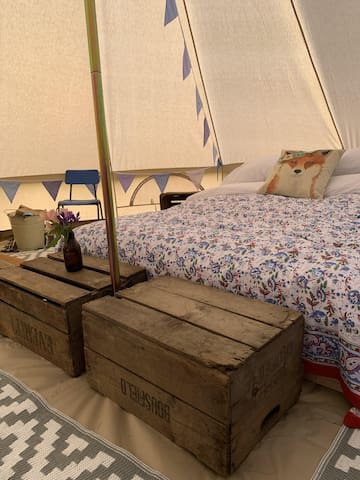 Luxury, fully furnished 5m Bell Tent