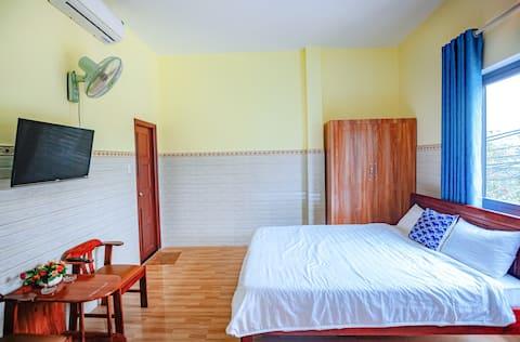 Tuan Minh motel - Front DANANG BAY