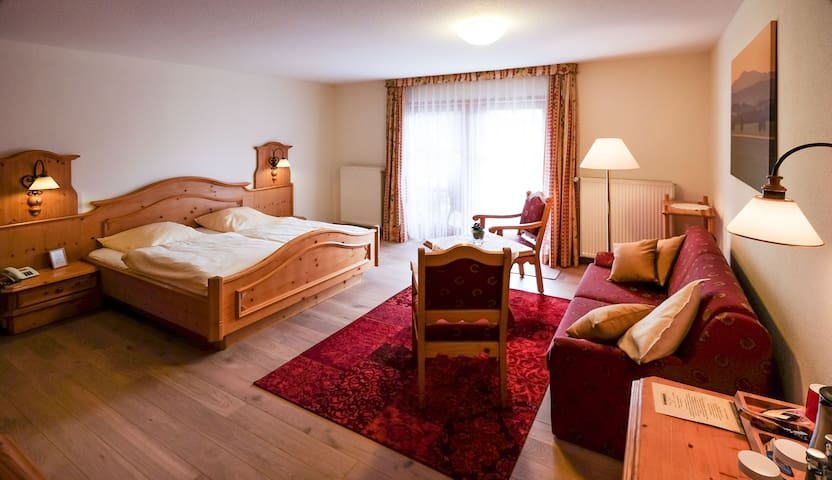 Familienzimmer mit Schlafcouch im Harzer Hof
