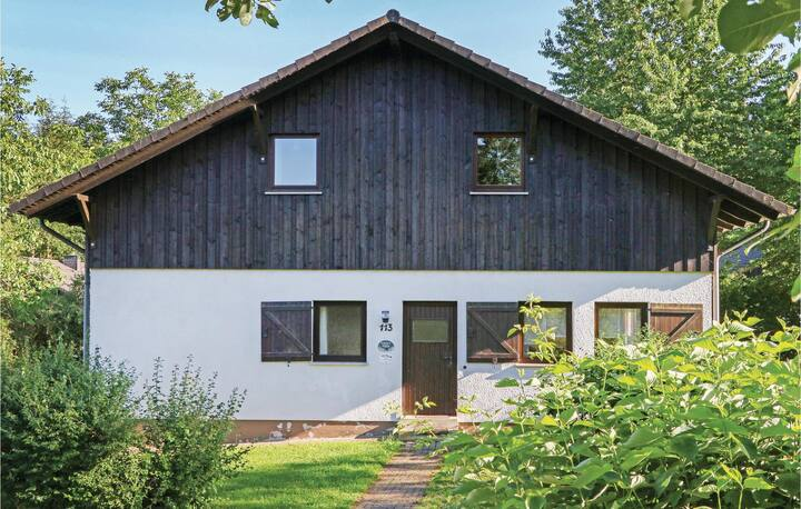 Holiday cottage with 4 bedrooms on 120m² in Thalfang