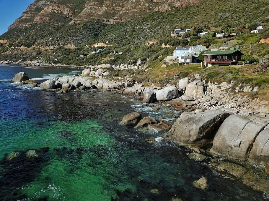 The lobster pot simons town holiday cottage bungalow for Piani del cottage del capo del capo