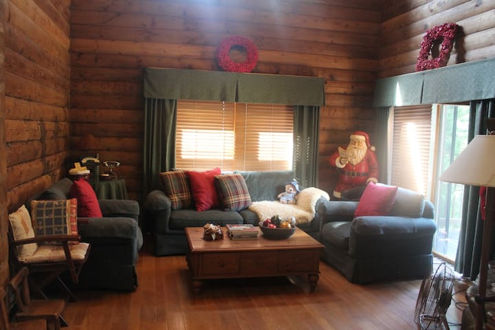Exclusive Log Cabin