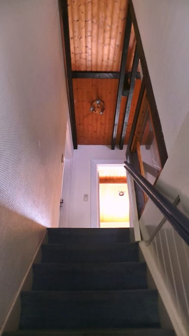 Treppenaufgang in die 1. Etage