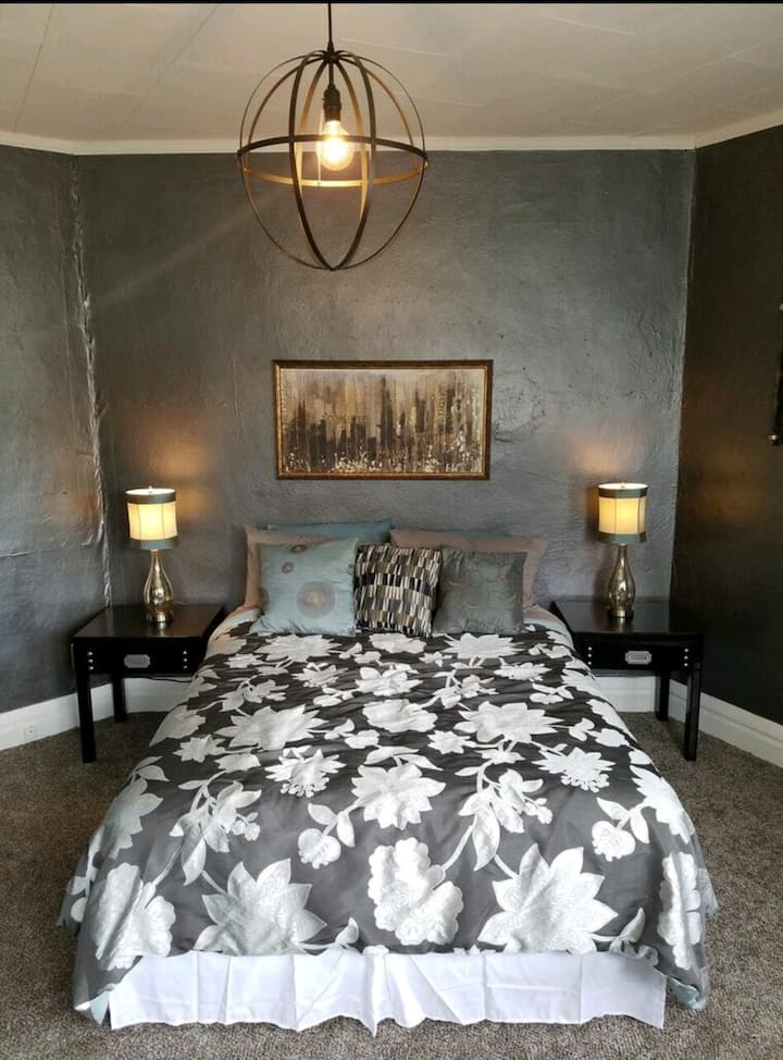 Short term Corporate FURNISHED housing