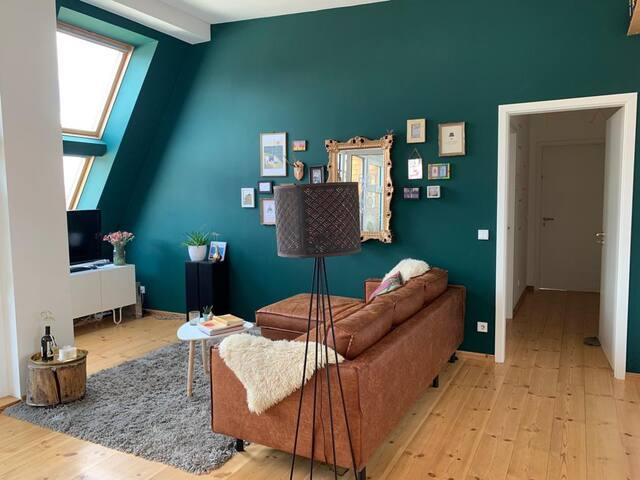 Luftige Dachgeschosswohnung in Friedrichshain