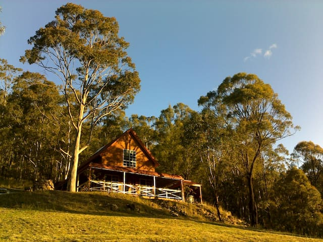 Wallaby Leap, Spa Lodge, Eaglereach - Vacy - Talo