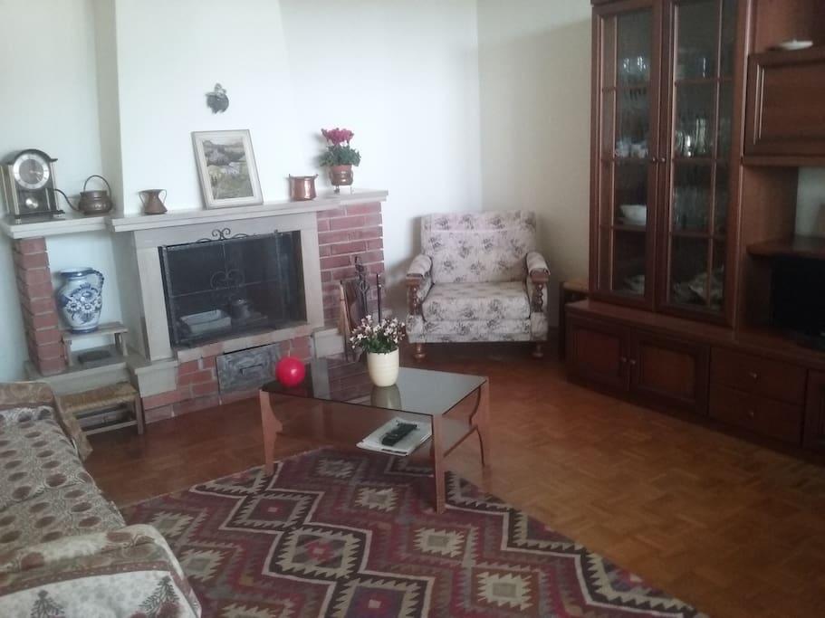 Sala e soggiorno - Living room