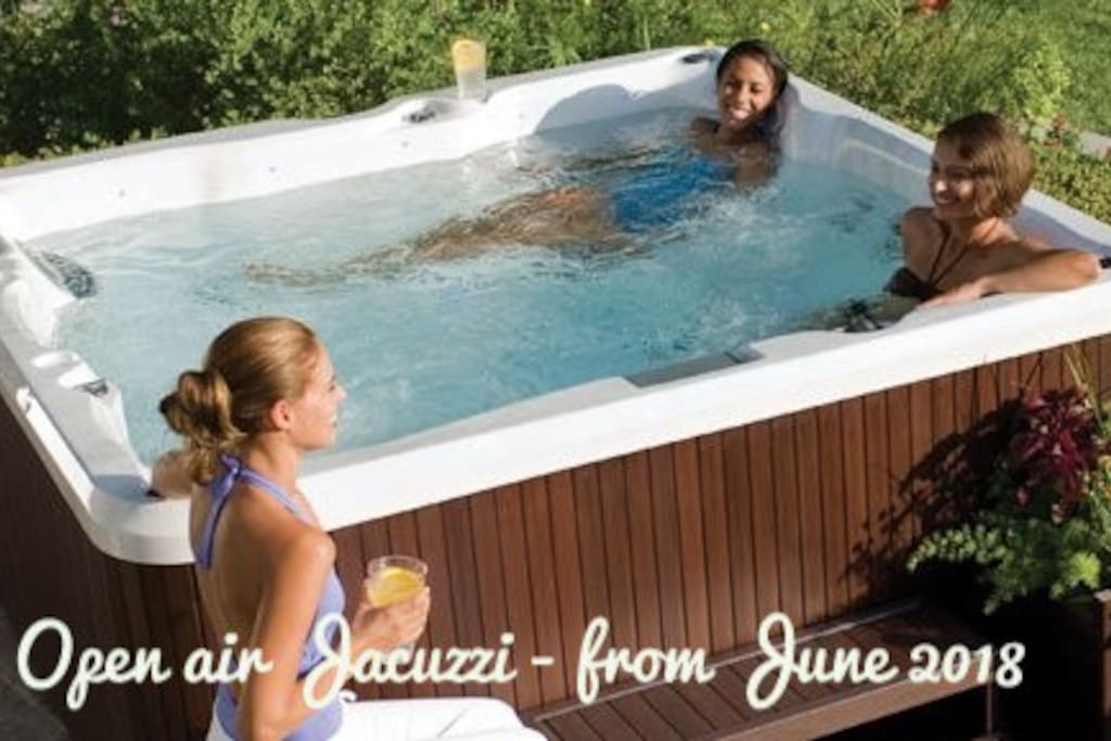 Open air Jacuzzi - from June 2018