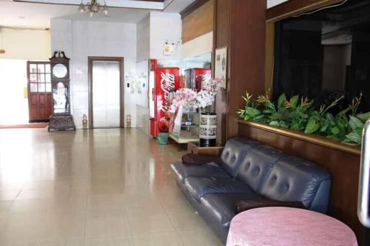 Twin Room at Phu Inn Hotel