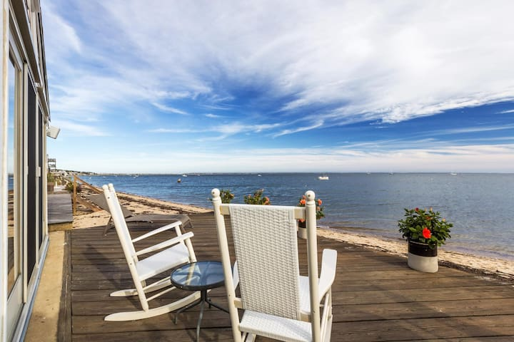 Luxury Waterfront 2bdr Cottage - Provincetown - Casa