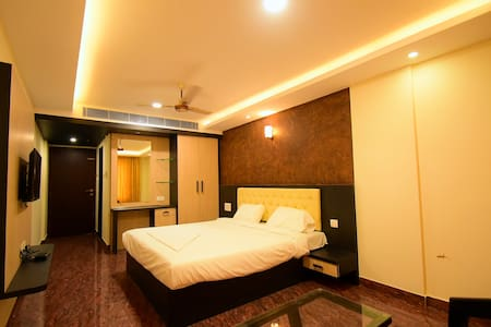 Hotel Chalukya International