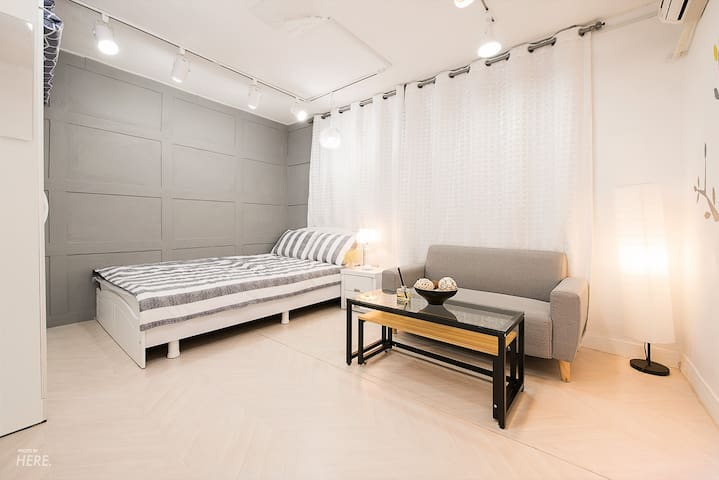 Hong dae exit 3 and gray biggestroom in a house