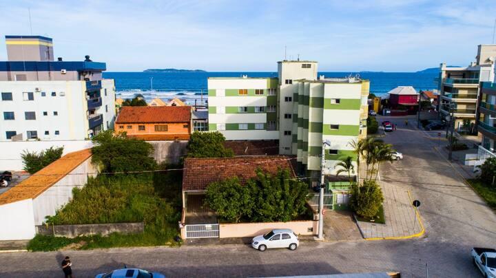 Casa em Mariscal - poucos metros da praia