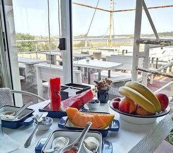 La Balsa Lodge, laguna y mar. Food & Relax