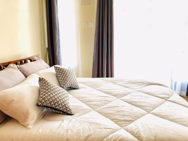Cozy and Convenient Space next to airport & SGR