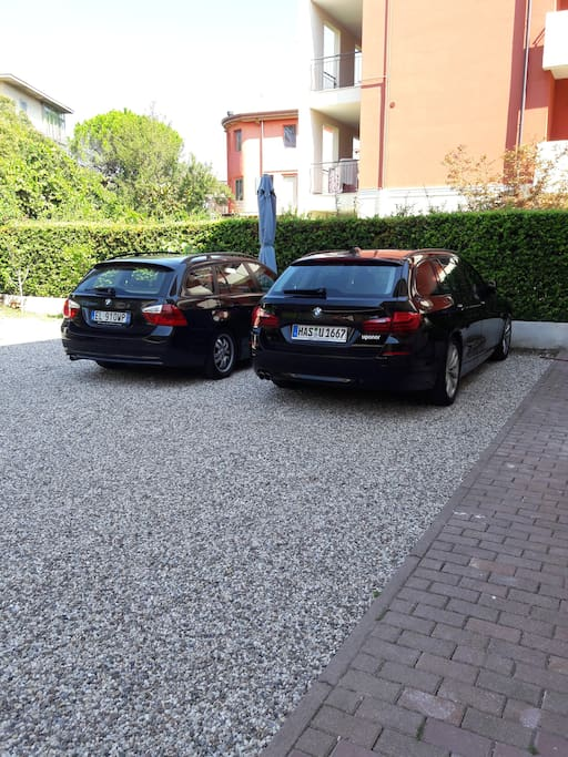 Private car parking in the courtyard, very close to Verona historic centre