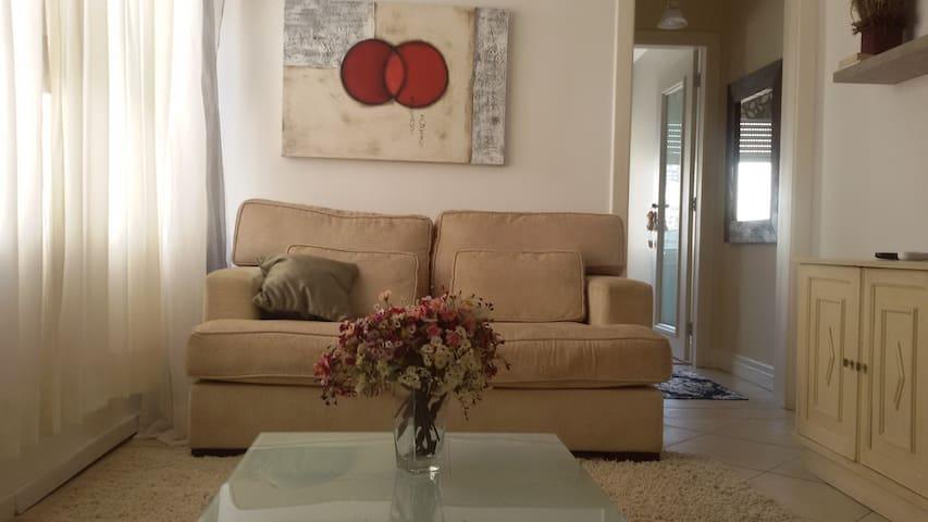 Excelente localização!!! - Porto Alegre - Apartment