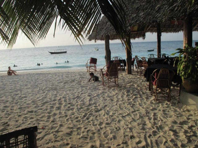 NUNGWI JAMBO BEACH BUNGALOW 1P WITH AC