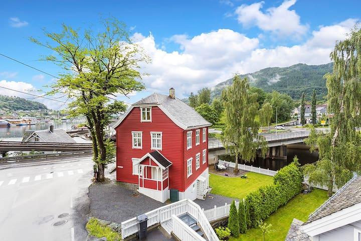 Solvang - loftsrom i Norheimsund. - Norheimsund - Loteng Studio