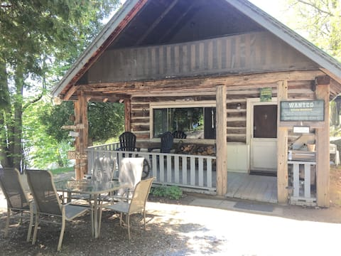 Quaint Cabin 20 mins from Perth
