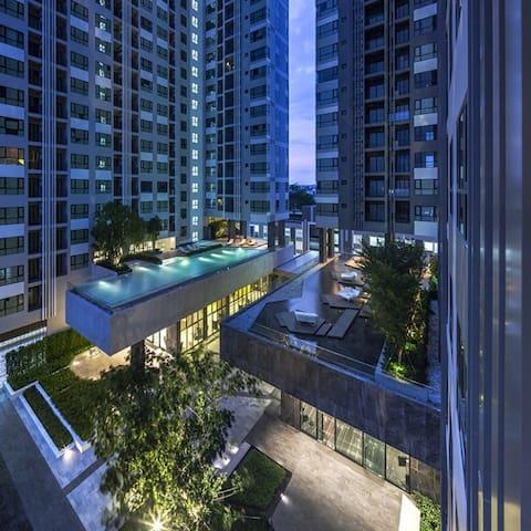 THE BASE 88/800,11th floor tower B,pattaya sai 2