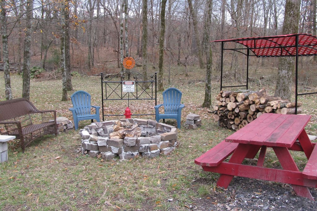 Fire pit and outdoor eating area