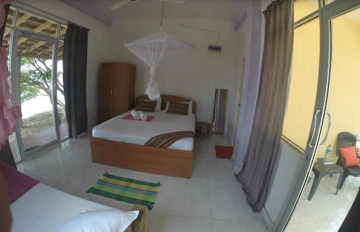 Dinuda KiteSurfing Resort Full Board lagoon Side