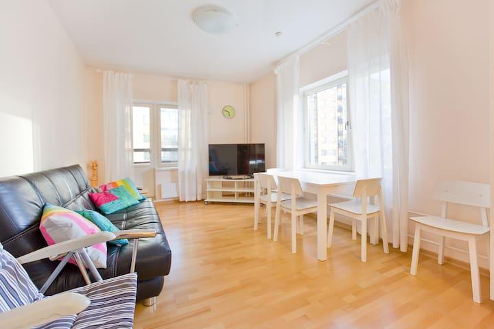 3-bedroom flat near subway Udelnaya