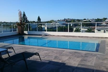 Modern Double Room in Great Location - Bulimba - Pis