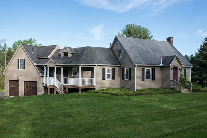 Stockbridge Cape Near Tanglewood! - Stockbridge - House
