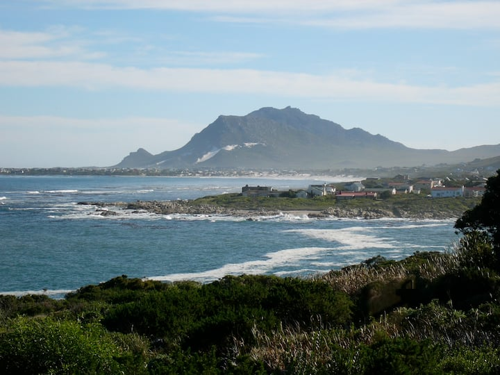 Betty's Bay, 'Temps et Argent'