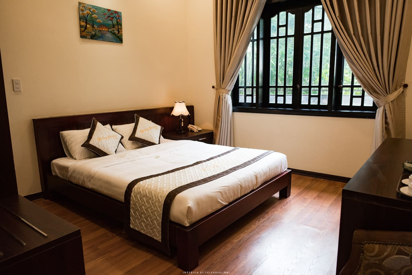 Simple and cozy, Camellia is double rooms garden view with a smooth and poetical space. Guests will feel very comfortable to enjoy the peace after a day visiting Hue