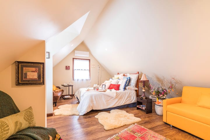 Luba's Two Beautiful Bedrooms