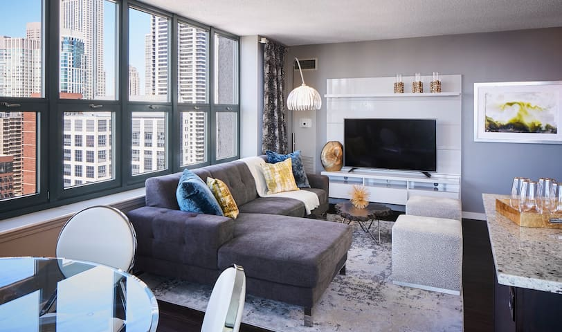 Upscale apartment home | 1BR in Chicago