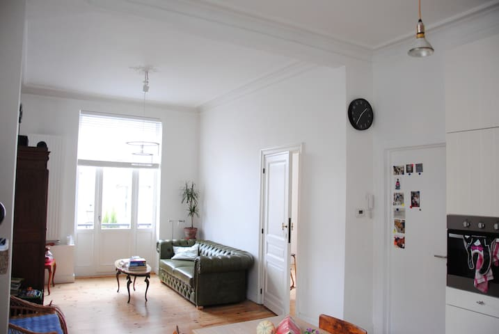 Visit Brussels and fall in love with Saint Gilles! - Saint-Gilles - Apartment