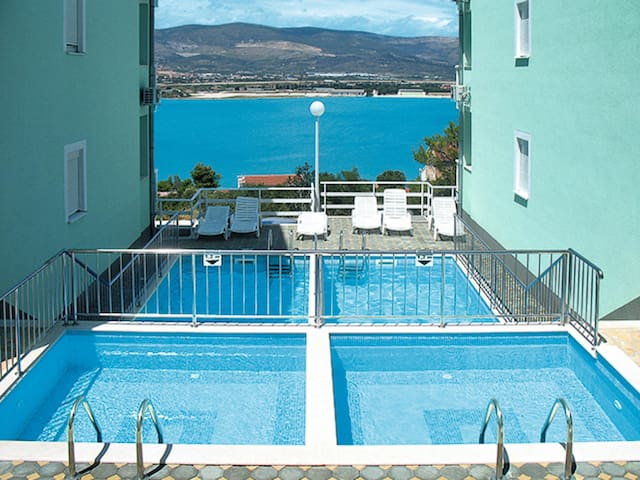 Holiday Apartment Bayview for 4 persons in Trogir / Ciovo (Island)