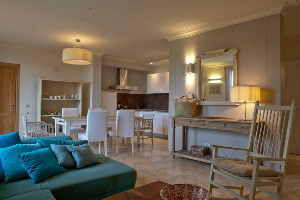TUSCANY FOREVER RESIDENCE VILLA FAMIGLIA No.1 GROUND FLOOR APARTMENT