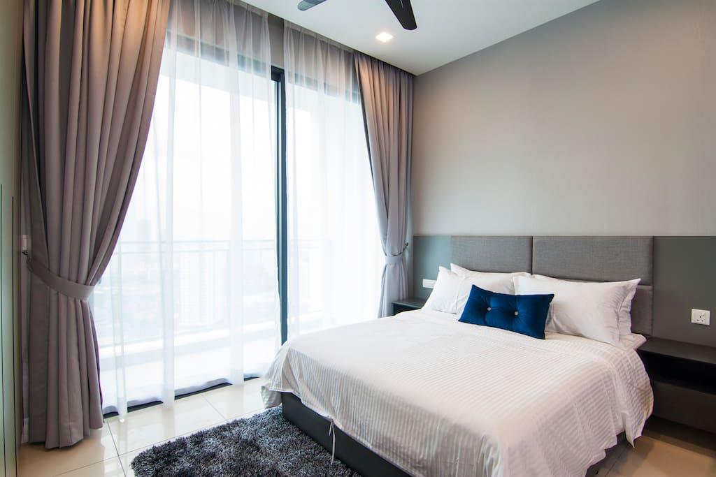 Hotel Standard Mattress and Bed linen