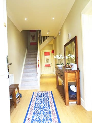Spacious 3 bedrooms townhouse
