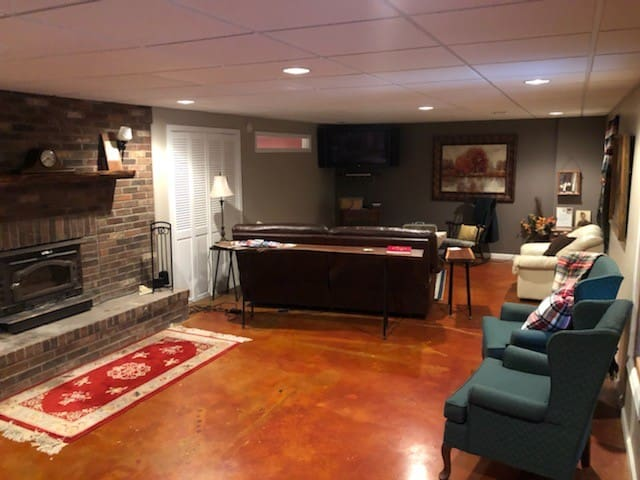 Full size living room area. TV with DVD player & many movies available