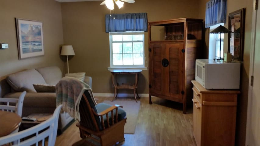 Private apartment with privacy gate - Dothan - Apartment