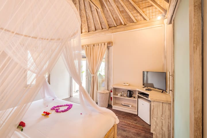 PROMO! Cute and Adorable Villa with a private pool