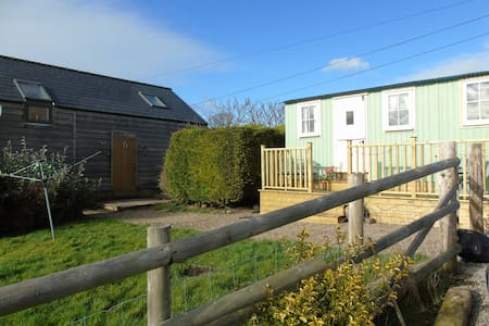 Chapel Cottage Shepherds Hut near Abergavenny