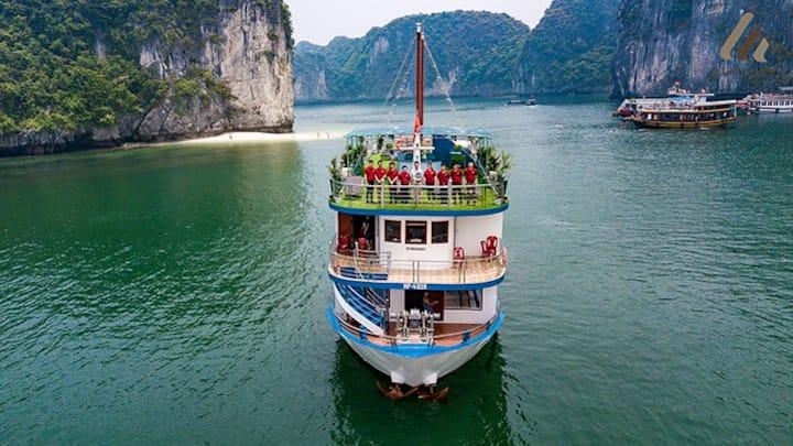 HA LONG BAY 2 DAY TRIP FROM HANOI(3,5 STAR CRUISE)