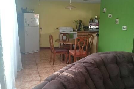 Cómoda habitación para 2 personas - tres Ríos