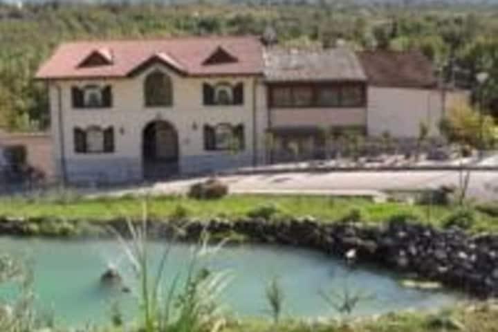 GIAMIA VILLAS -in Central Italy, Sulmona Area.