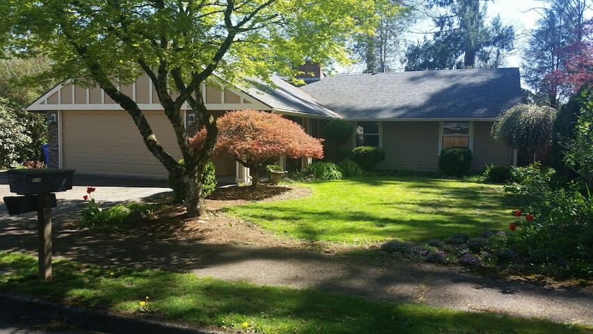 Perfect Fam Vaca Home - Easy Access to Everything! - Portland - Casa